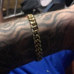 10k gold bracket